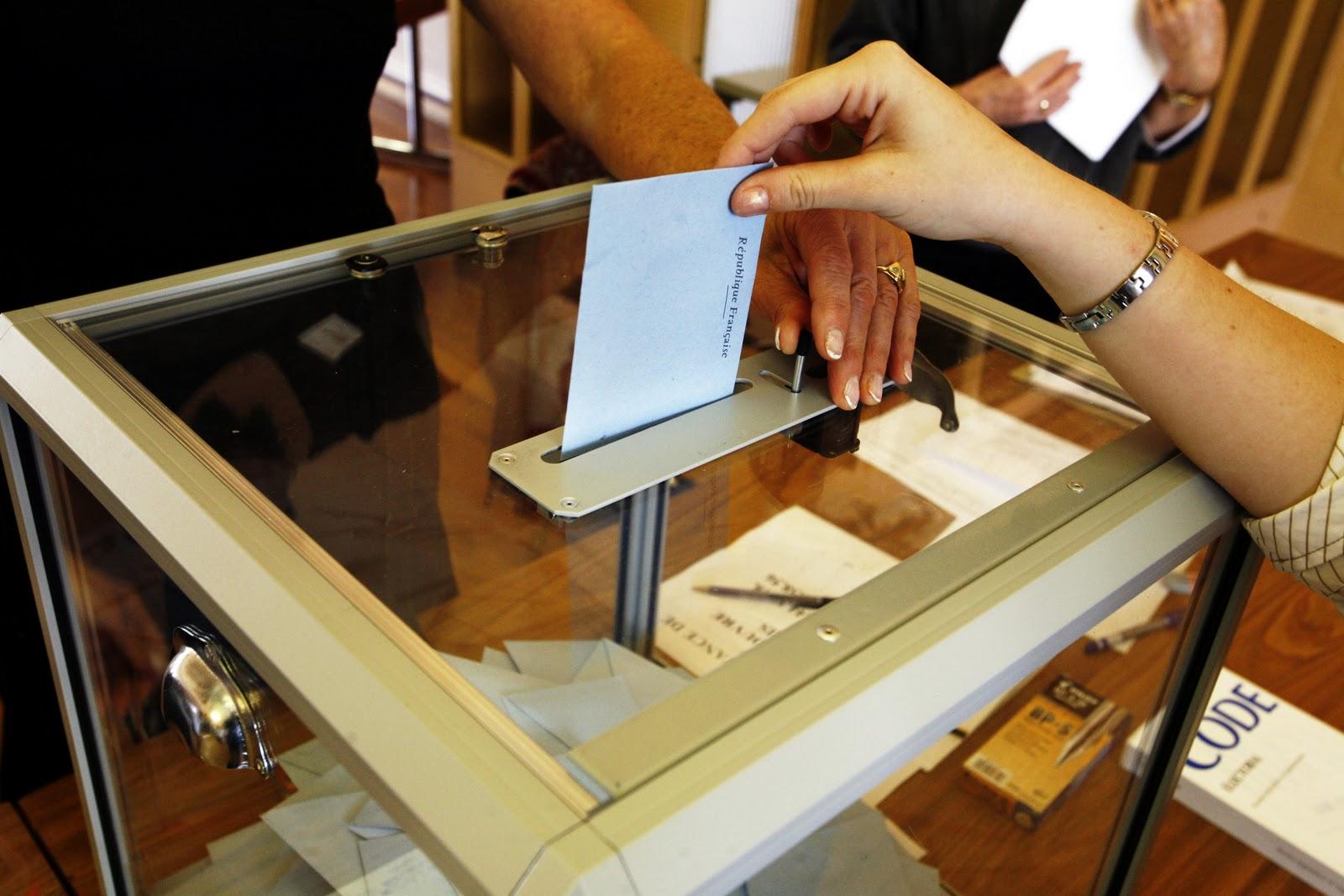 la position de la cour edh sur le droit de vote des d tenus l interdiction d une restriction. Black Bedroom Furniture Sets. Home Design Ideas